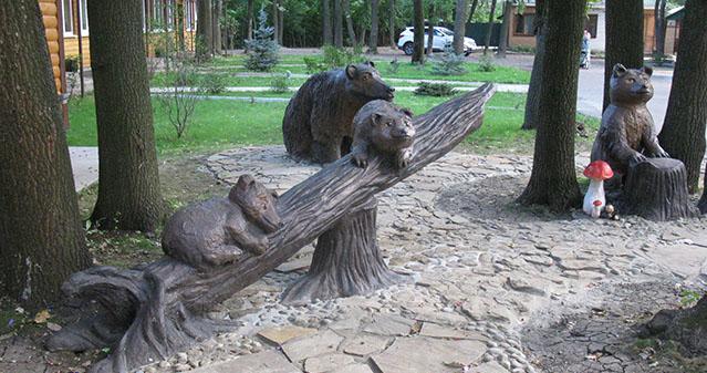 Скульптурная композиция - База отдыха Усманка